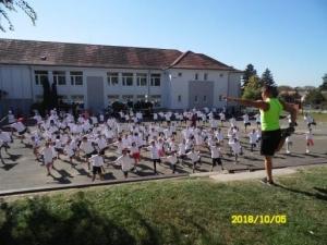 Egy kicsi mozgás mindenkinek kell - közösségi testmozgás - Beremend #2